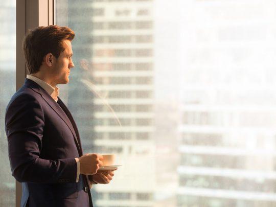 ondernemer denkt na over emigratie